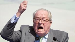 Jean-Marie Le Pen a été condamné à 30 000 euros et 5 000 euros d'amende dans deux affaires distinctes.