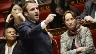 Emmanuel Macron à l'Assemblée, durant une séance de questions au gouvernement, le 27 janvier dernier.