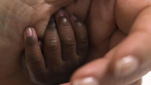 وفيات الأطفال الأميركيين السود أعلى من أترابهم البيض