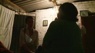 Rosa assure avoir assisté, impuissante, à l'enlèvement de sa fille devant son lycée en juillet.