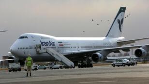 La compagnie iranienne Iran Air est un des principaux clients iraniens souhaitant acquérir des avions Airbus et Boeing pour renouveler sa flotte.