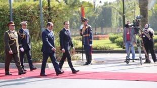 الرئيسان الفرنسي إيمانويل ماكرون والمصري عبد الفتاح السيسي، 28 يناير/كانون الثاني 2019