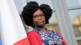Sibeth Ndiaye lors de la cérémonie de passation de pouvoirs, le 1er avril 2019 à l'Elysée