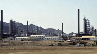 Une photo de la raffinerie de pétrole d'Aden, dans le sud du Yémen, en 2006.