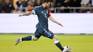صورة تعود الى 18 تشرين الثاني/نوفمبر 2019 في تل أبيب للنجم الأرجنتيني ليونيل ميسي خلال مباراة ودية لبلاده مع الأوروغواي