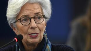 Christine Lagarde, presidenta del BCE, habla durante un debate sobre economía de la eurozona el 11 de febrero de 2020 en el Parlamento Europeo, en la ciudad francesa de Estrasburgo
