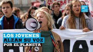 Jóvenes activistas participan en una manifestación ambiental a nivel mundial, en Cracovia, Polonia, el viernes 20 de septiembre de 2019.