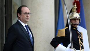 Le président français François Hollande a prévenu de la fermeté européenne à l'égard du Royaume-Uni en cas de victoire du Brexit.