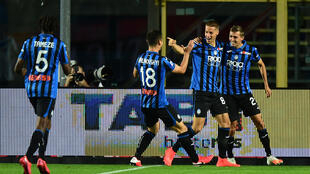 Atalanta's Mario Pasalic (2ndR) scored within two minutes against Brescia in Bergamo.