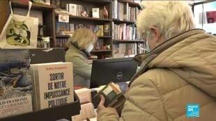 Les Parisiens ont renoué avec leurs librairies, samedi 28 novembre.