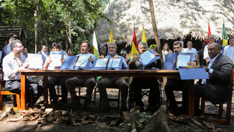 El ministro de Exteriores de Brasil, Ernesto Araujo, el presidente de Bolivia, Evo Morales, el presidente de Perú, Martín Vizcarra, el presidente de Colombia, Iván Duque, el presidente de Ecuador, Lenín Moreno y el vicepresidente de Surinam, Michael Ashwin.