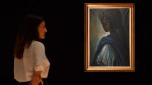 """Le portrait de la princesse """"Tutu"""", peint en 1974 par le Nigérian Ben Enwonwu, a été vendu aux enchères à Londres, le 28 février 2018."""