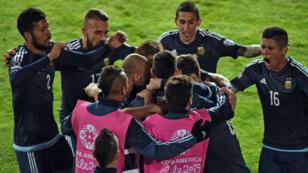 L'Argentine a infligé sa première défaite à l'Uruguay depuis sept matches en Copa America.
