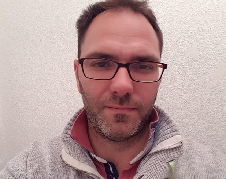 François Devaux, uno de los scouts víctimas de pedofilia del Padre Preynat en Lyon, dirige la asociación La Parole Liberée.