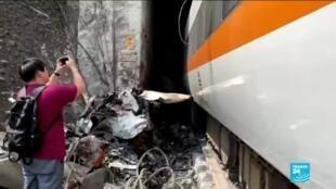 2021-04-02 13:31 Accident ferroviaire à Taiwan : le déraillement d'un train fait des dizaines de morts