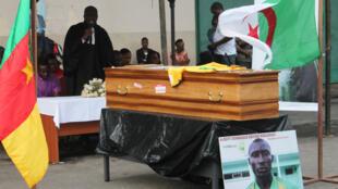 Le Camerounais Albert Ebossé, tué le 14 août au cours d'un match de championnat algérien.