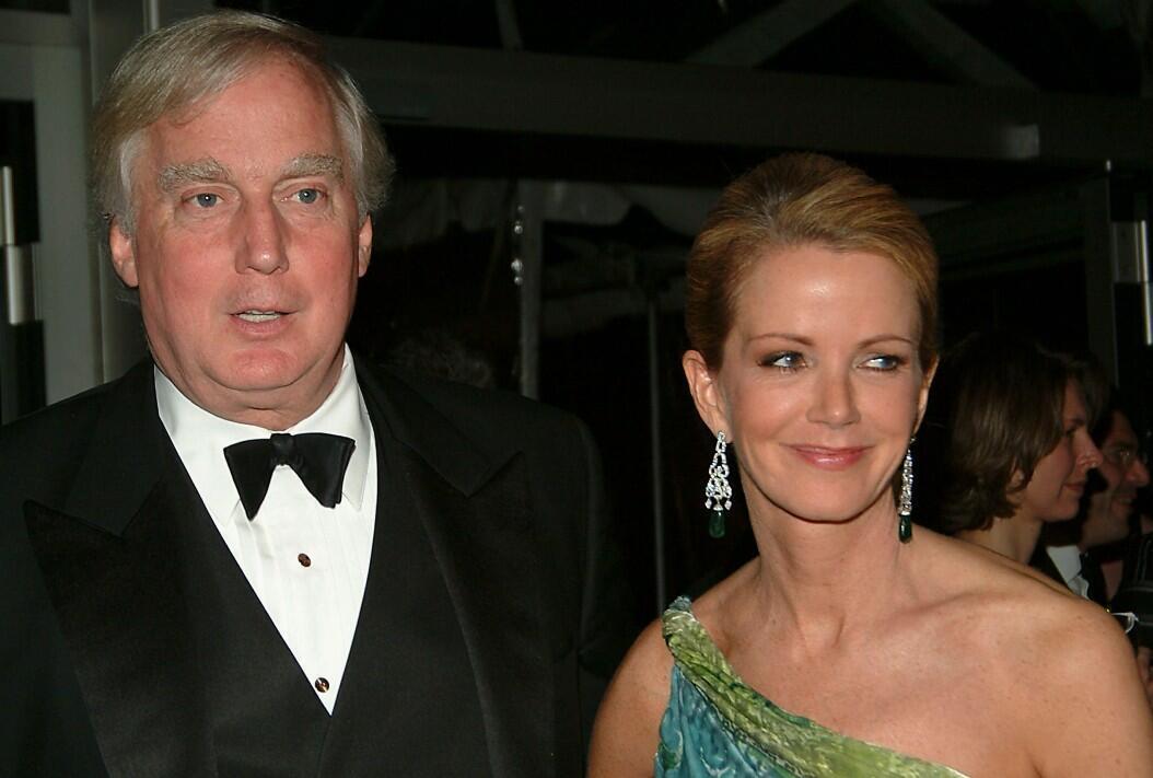 Archivo-Robert Trump, junto a su exesposa Blaine, asisten a un evento en el Metropolitan Opera House, en Nueva York, Estados Unidos, el 23 de mayo de 2005.