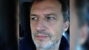 Le journaliste français Olivier Bertrand, co-fondateur du site d'information Les Jours, a passé trois jours entre les mains des autorités turques avant sa libération le 13 novembre 2016.