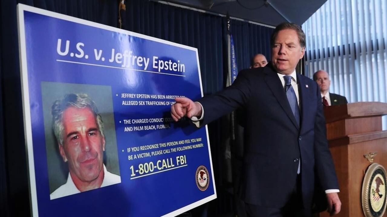 """Jeffrey Epstein a confié ses biens, chiffrés à quelque 577 millions de dollars, à un """"trust"""" aux bénéficiaires inconnus."""