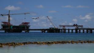 Le pont de l'amitié Chine Maldives en construction près de la capitale Malé le 8 février 2018