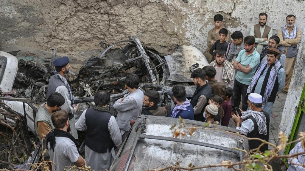 """""""نيويورك تايمز"""": الضربة الأمريكية الأخيرة في أفغانستان لم تؤد إلى مقتل جهادي في سيارة مفخخة thumbnail"""