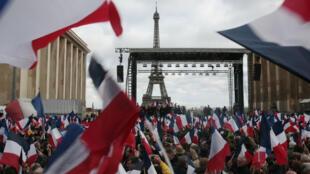 Le rassemblement de soutien à François Fillon au Trocadéro, dimanche 5 mars 2017.