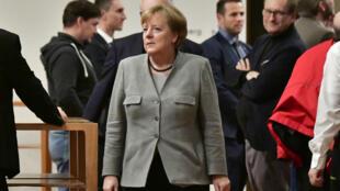 La chancelière Angela Merkel incarnait depuis 12 ans la stabilité et la fermeté de l'Allemagne.