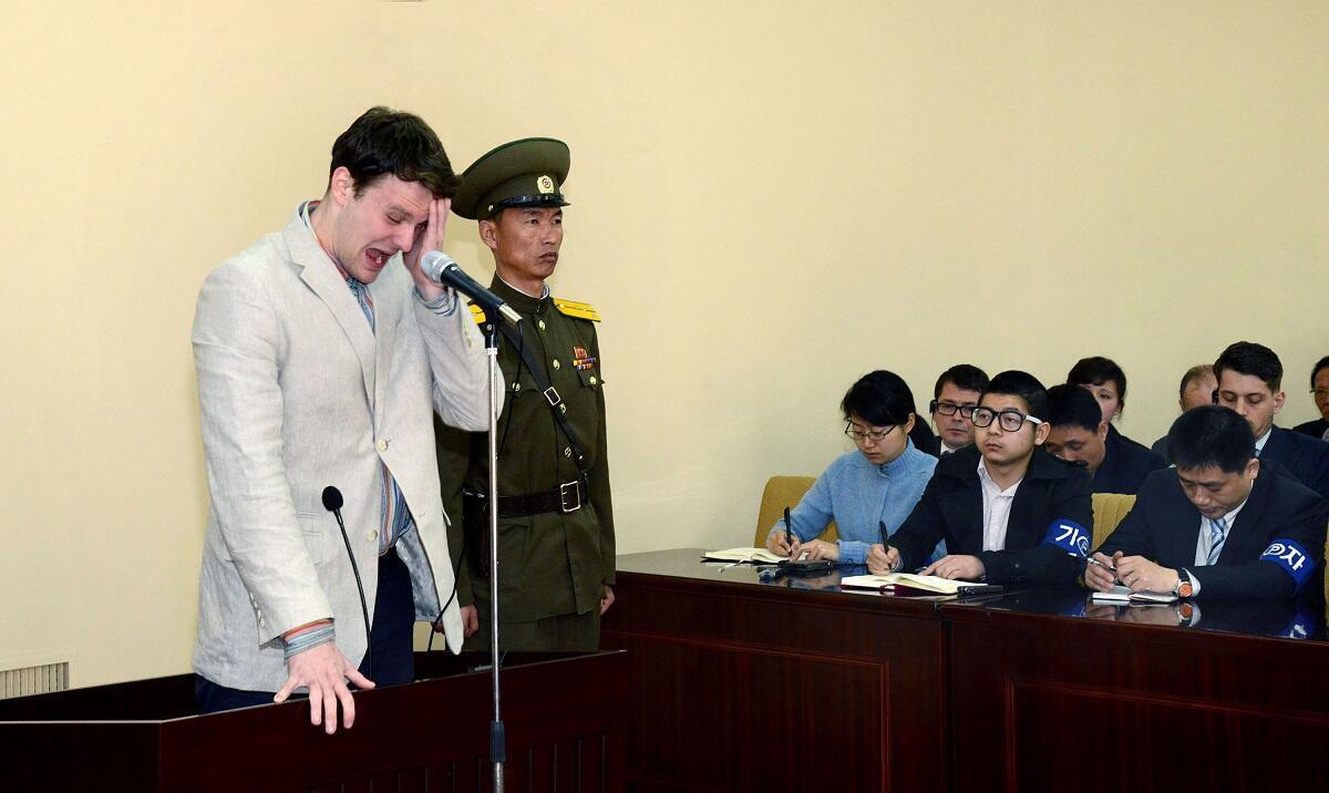 Photo du procès de Otto Warmbier à Pyongyang publiée le 16 mars 2016.