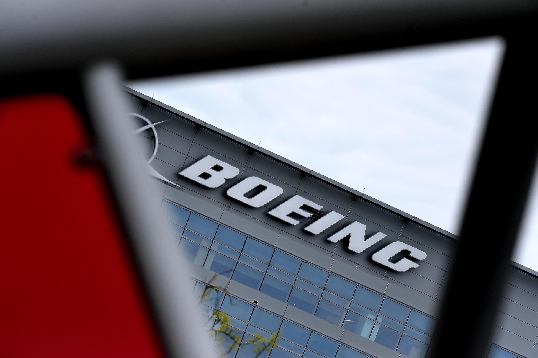 Boeing inmoviliza 128 aviones 777 tras el incidente ocurrido en Colorado