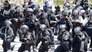 جنود إسرائيليون في القدس في 28 تموز/يوليو 2017