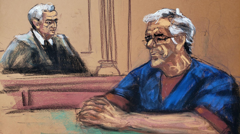 El millonario estadounidense Jeffrey Epstein cerca del juez Richard Berman durante una audiencia de fianza en su caso de tráfico sexual, en este bosquejo de la corte en Nueva York, Estados Unidos, 18 de julio de 2019.