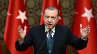 El presidente turco, Recep Tayyip Erdogan habla durante una ceremonia en Ankara, Turquía, el 21 de diciembre de 2017
