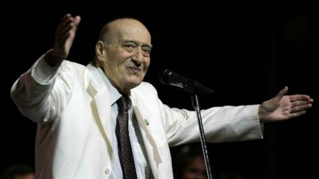Lebanese music legend Wadih al-Safi dies at 92