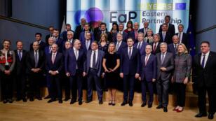 La jefa de la diplomacia europea, Federica Mogherini, junto a ministros de Exteriores de la Unión Europea antes de la reunión del Consejo de Ministros de Exteriores en Bruselas, Bélgica, el 13 de mayo de 2019.