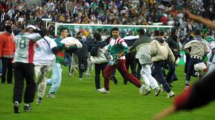 En 2001, le match amical France-Algérie avait viré au fiasco.