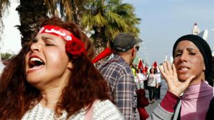 تونسيات يطالبن بالمساواة في الميراث