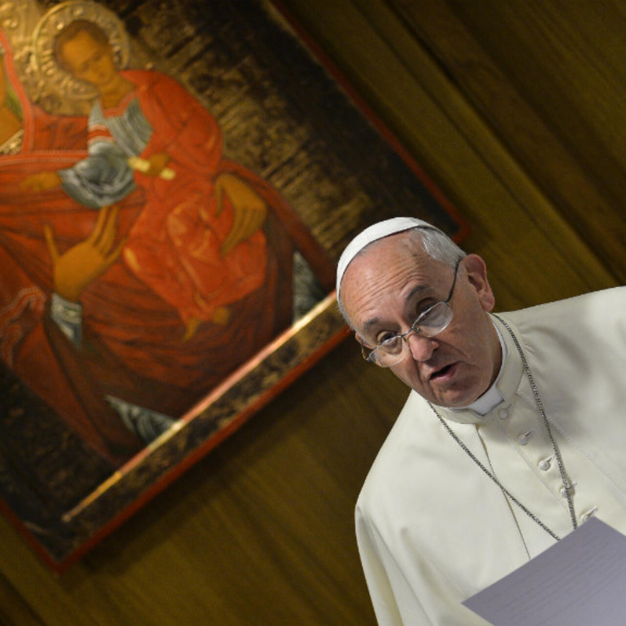 Pope Streamlines Process For Catholic Marriage Annulments