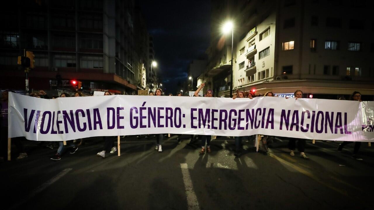 Uruguay declara emergencia nacional en violencia de género