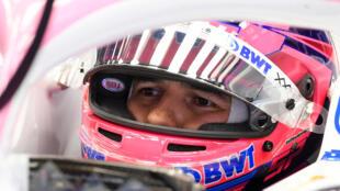 El piloto mexicano de Fórmula 1 Sergio 'Checo' Pérez, durante pruebas en el circuito catalán de Montmeló el 20 de febrero de 2020
