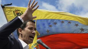 Juan Guaidó s'adresse à ses partisans à Caracas, le 23janvier2019.