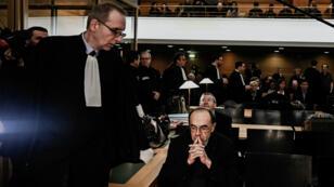 Le cardinal Philippe Barbarin, le 7janvier 2019, peu après son entrée dans la 17e chambre du tribunal correctionnel de Lyon.