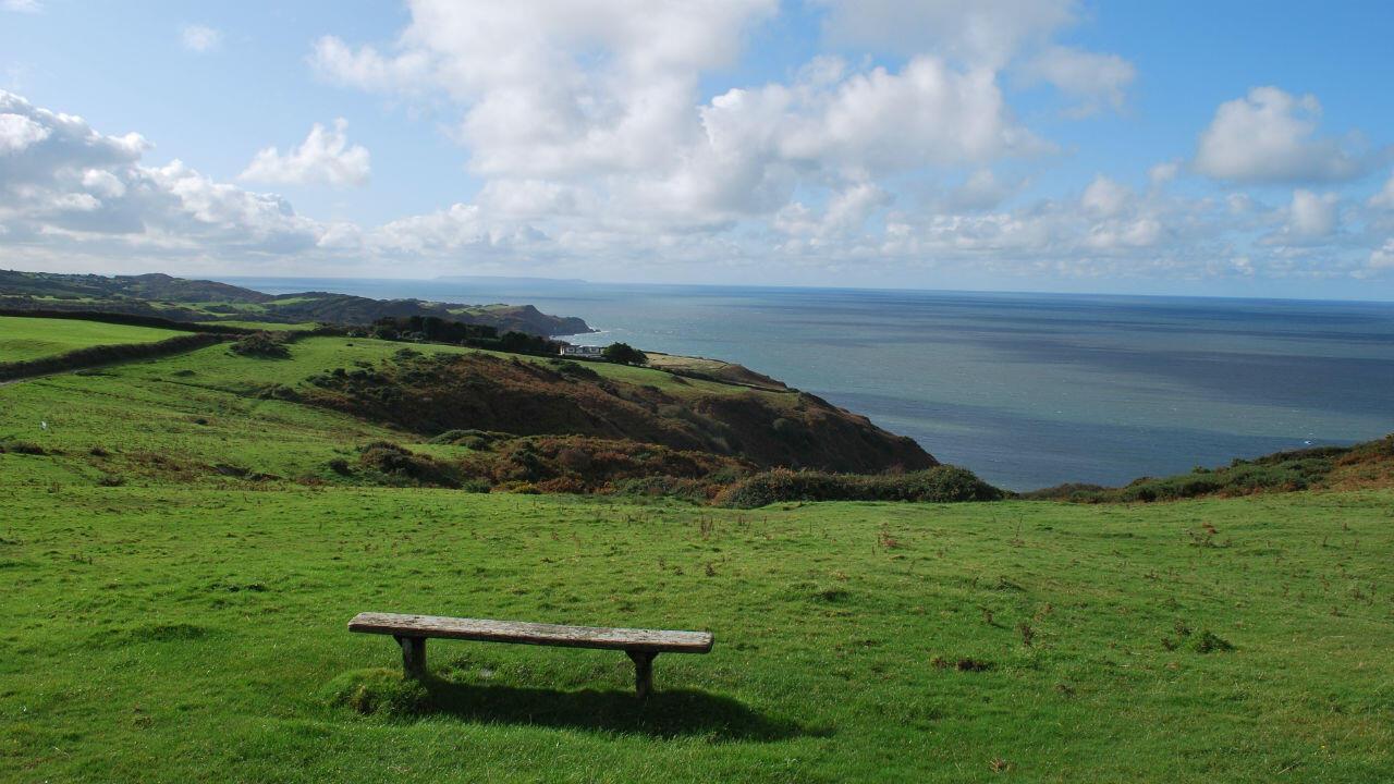 Le sentier côtier du sud-ouest anglais s'étend sur 1013kilomètres.