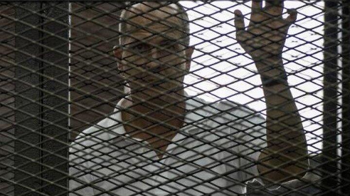 Le journaliste australien Peter Greste durant son procès au Caire, en juin 2014.