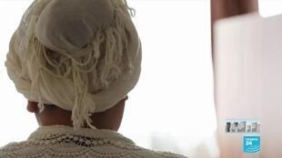 2020-04-12 19:07 Covid-19 : à Bruxelles, un hôtel accueille les femmes victimes de violences conjugales