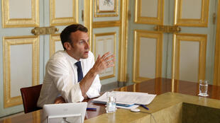 الرئيس الفرنسي إيمانويل ماكرون في قصر الإيليزيه، 16 أبريل/ نيسان 2020