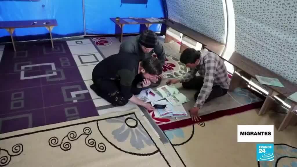 Migrantes aprendiendo en casa