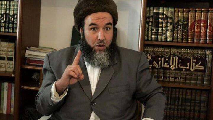 """الزعيم السابق لـ""""الجيش الإسلامي للإنقاذ"""" في الجزائر مدني مزراق"""