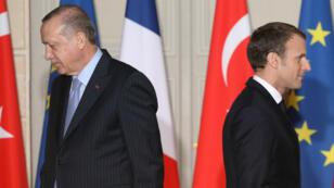 Recep Tayyip Erdogan et Emmanuel Macron.