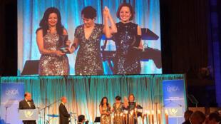 Annette Young y Virginie Herz fueron premiadas por su trabajo sobre la participación de las mujeres en las misiones de paz de la ONU.