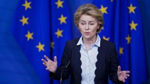 La présidente de la Commission européenne, Ursula von der Leyen, durant un point presse à Bruxelles, le 10 mars 2020.